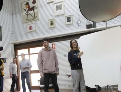 Aprendiendo sobre fotografía de moda: colaboramos con el IES Muralla Romana